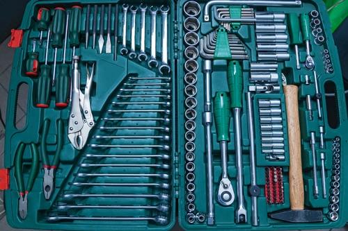 ausgestatteter Werkzeugkoffer