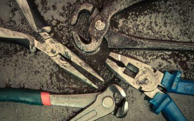 Werkstattwagen und Werkzeug-Pflege